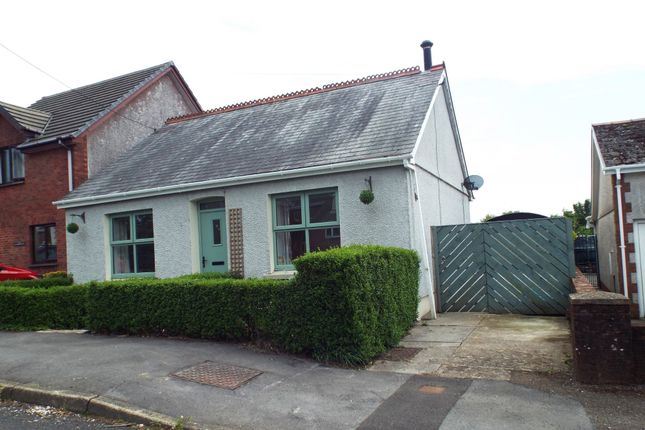 3 bed detached bungalow for sale in Singleton Road, Upper Tumble, Llanelli
