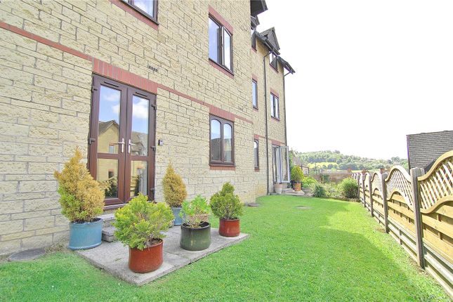 Thumbnail Flat for sale in Weavers House, Wesley Court, Stroud, Gloucestershire