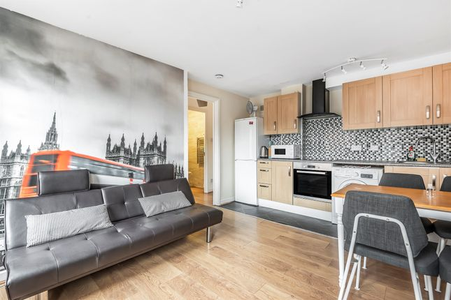 Thumbnail Flat for sale in Newport Court, London