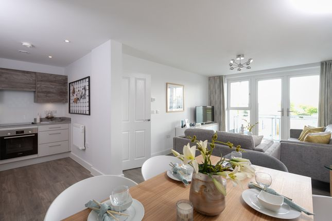 """2 bedroom flat for sale in """"2 Bedroom Apartment"""" at Mole Road, Hersham, Walton-On-Thames"""