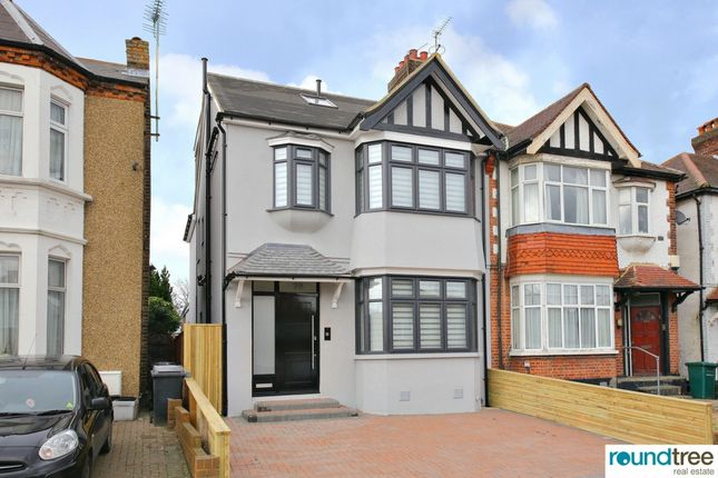Thumbnail Flat for sale in Heriot Road, Hendon