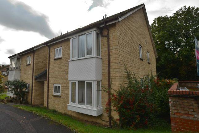Thumbnail Flat to rent in Eton Close, Witney