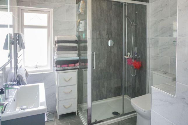 Shower Room of Arkley Road, Hall Green, Birmingham B28