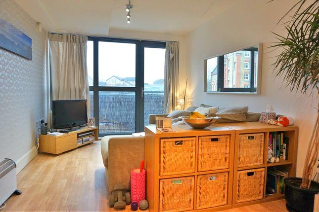 Thumbnail Flat to rent in Lynton Road, Bermondsey Street