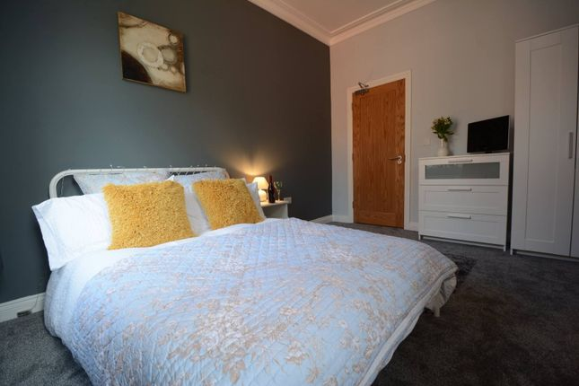 Thumbnail Property to rent in Queens Road, Beeston