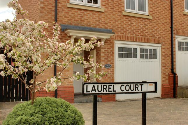 Thumbnail Town house for sale in Laurel Court, Beverley