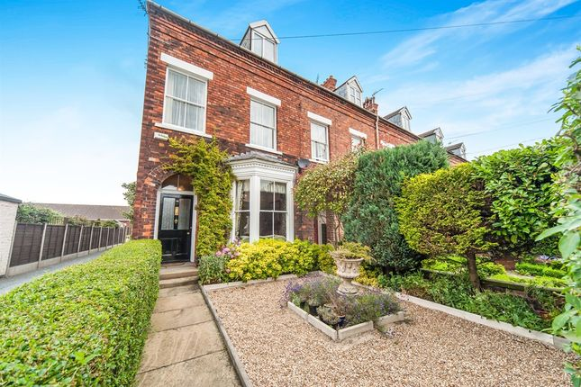 Thumbnail Town house for sale in Norwood, Beverley