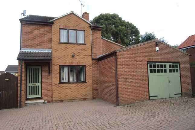 Thumbnail Property to rent in Camborne Close, Retford