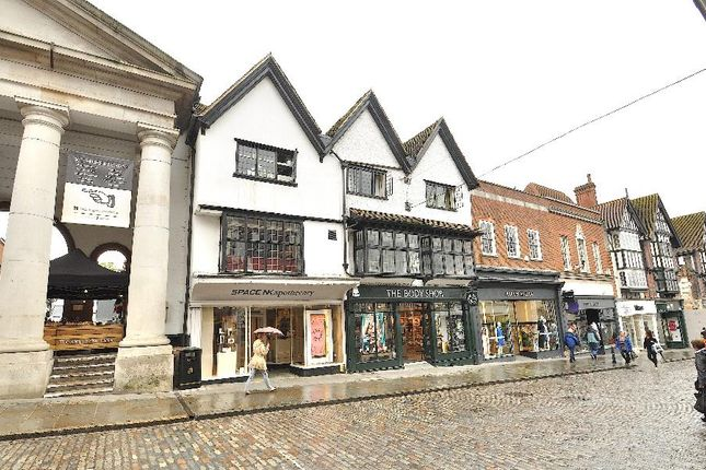 2 bed flat to rent in High Street, Guildford