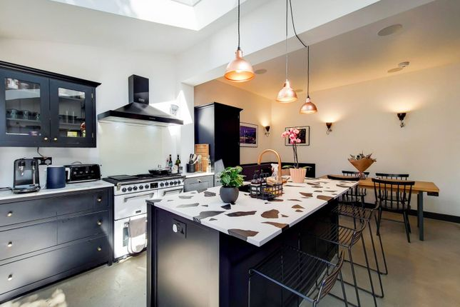 Thumbnail End terrace house to rent in Carlton Road, Manor Park, London