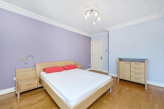 Bedroom of Chelsea Gate Apartments, 93 Ebury Bridge Road, Chelsea, London SW1W