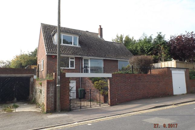 Thumbnail Detached house to rent in Radnor Park Avenue, Folkestone