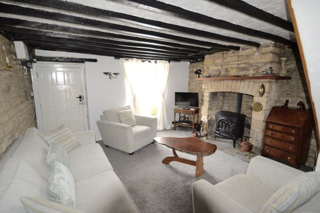 Thumbnail Cottage to rent in Horse Street, Chipping Sodbury, Bristol