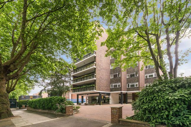Thumbnail Flat for sale in The Polygon, London