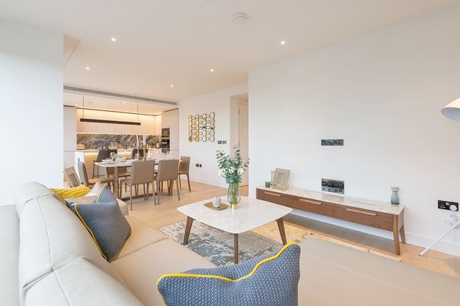 White City Living, Lincoln Apartments, Fountain Park Way, White City W12