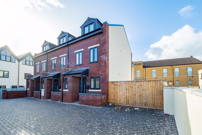 Thumbnail Terraced house for sale in Two Mile Hill Road, Kingswood, Bristol
