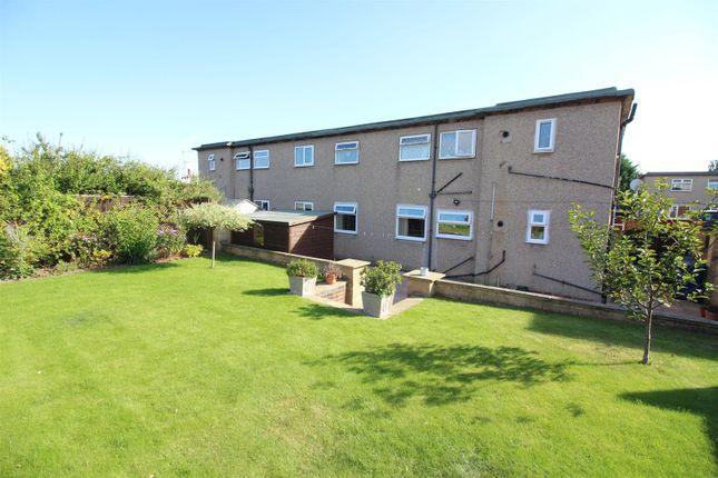 Thumbnail Flat for sale in Meadow View, Sherburn In Elmet, Leeds