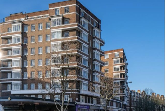 2 bed flat for sale in Rossmore Court, Park Road, London NW1