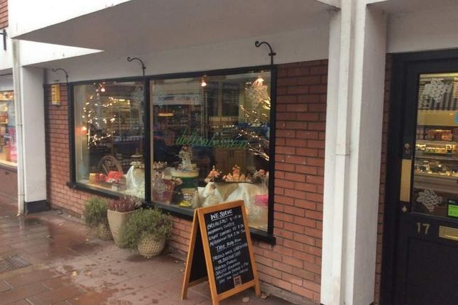 Thumbnail Restaurant/cafe for sale in 17 High Street, Budleigh Salterton