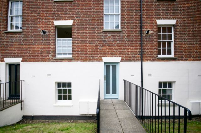Thumbnail Flat to rent in Regent Court, Reading