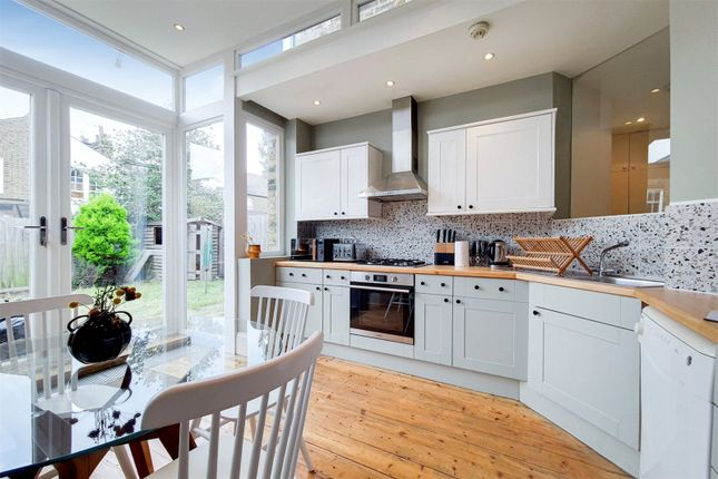 Thumbnail Flat to rent in Downton Avenue, Streatham Hill, London
