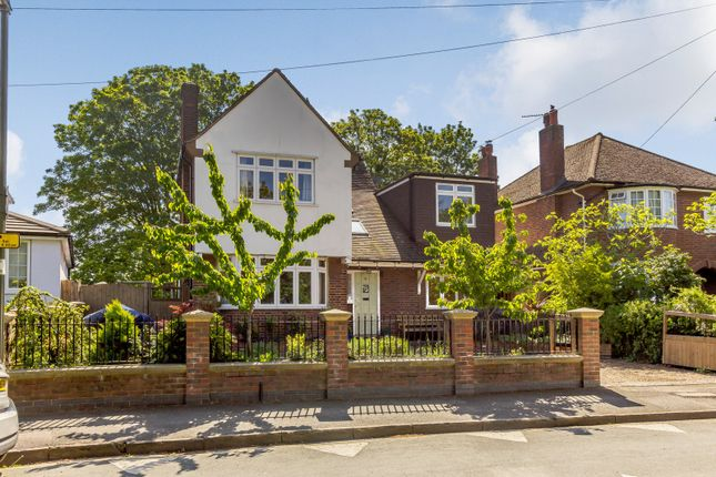 Thumbnail Detached house for sale in Hansler Grove, East Molesey