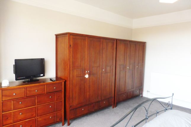 Master Bedroom of Margaret Road, Wombwell S73
