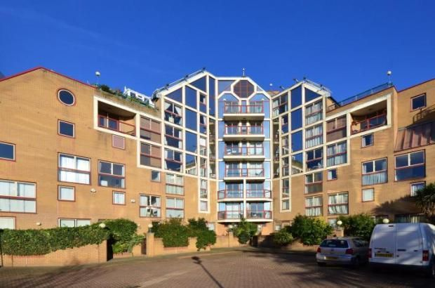 Thumbnail Town house to rent in Tradewinds Court, Quay 430, Asher Way, Wapping