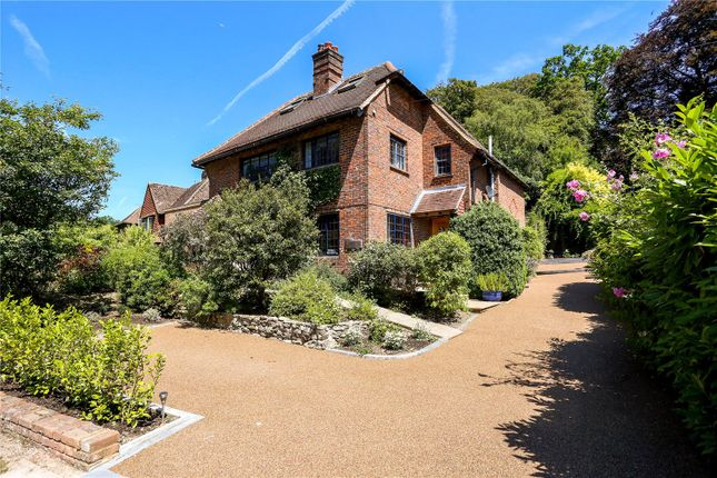 Thumbnail Detached house for sale in Weysprings, Haslemere, Surrey