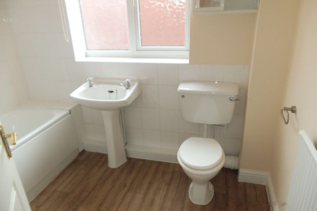 Photo 11 of Ocean Road, Leicester LE5