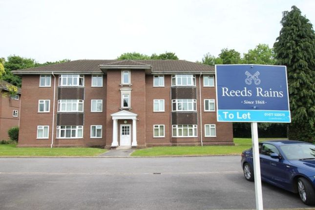 Thumbnail Flat to rent in Jubilee Court Ravenscroft, Holmes Chapel, Crewe