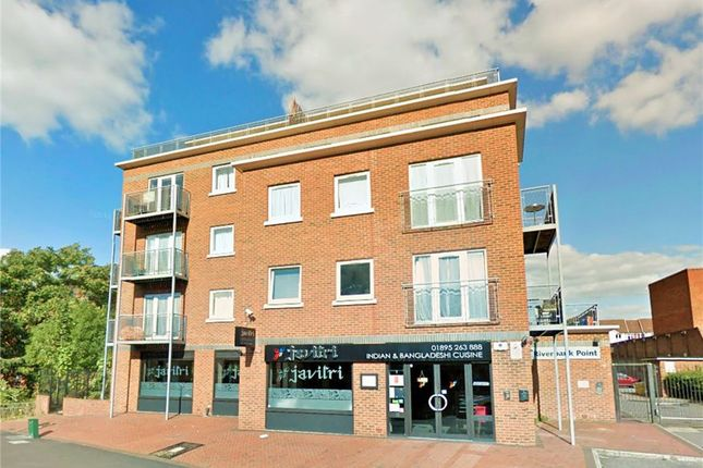 Thumbnail Flat to rent in 114 High Street, Uxbridge, Middlesex