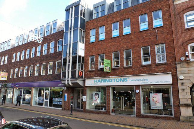 Office to let in First Floor, 39 Queen Street, Maidenhead