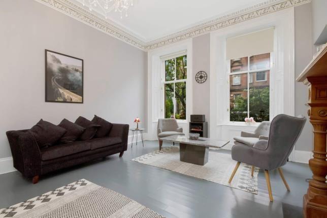 Living Room of Hill Street, Garnethill, Glasgow, Lanarkshire G3