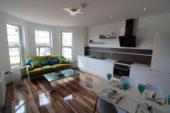 Thumbnail Flat to rent in Wells Road, Knowle, Bristol