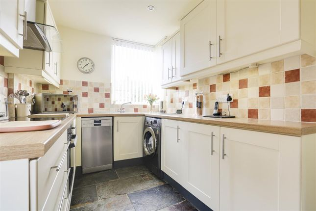 17966 of Acton Road, Arnold, Nottinghamshire NG5