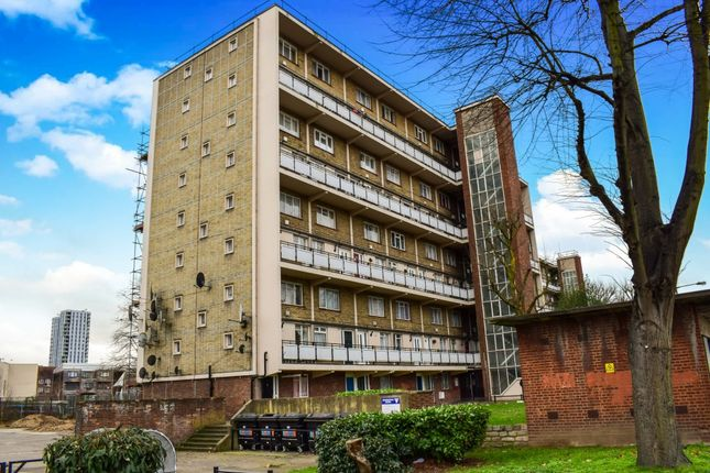 Thumbnail Flat for sale in Joyce Avenue, London