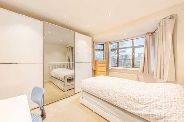 Bedroom 2 of Francklyn Gardens, Edgware, Greater London. HA8
