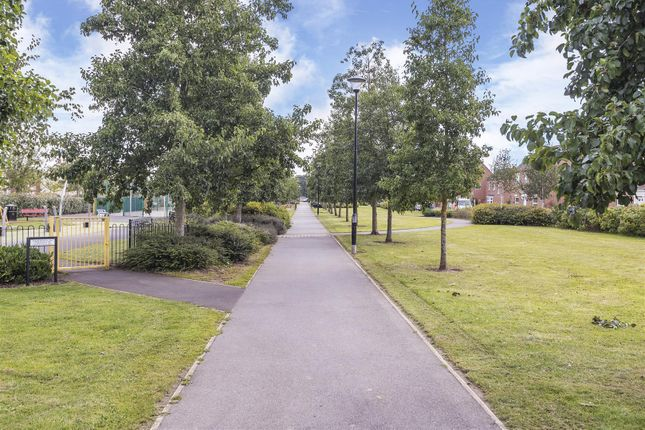 527014 (16) of Astoria Drive, Bannerbrook, Coventry CV4