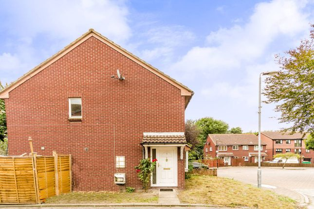 Thumbnail Property for sale in Winchester Close, Beckton
