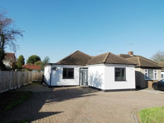 Thumbnail Bungalow for sale in Perry Street, Billericay