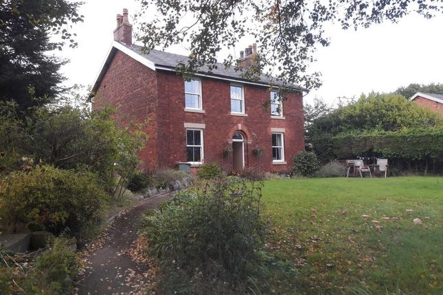 Thumbnail Detached house for sale in Preston Old Road, Freckleton