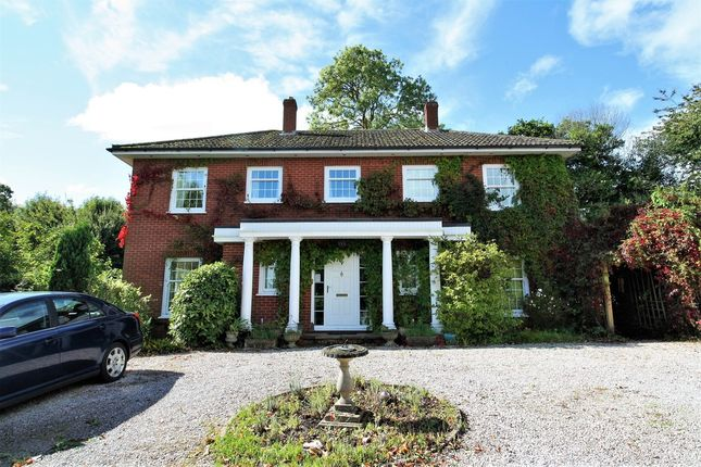 Thumbnail Detached house for sale in Lumley Close, Kenton, Exeter