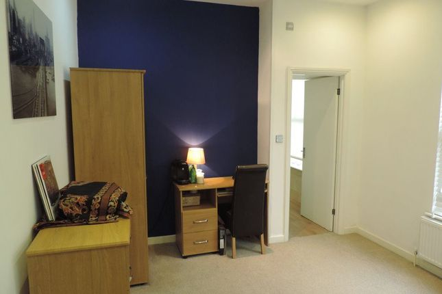 Thumbnail Property to rent in Aldermans Drive, West Town, Peterborough
