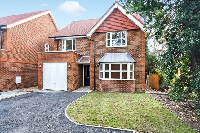 Thumbnail Detached house for sale in Pine Gardens, Horley, Surrey
