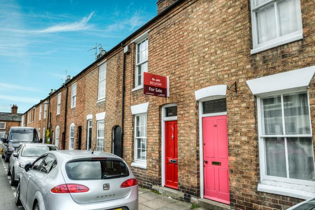 Thumbnail Terraced house for sale in Bull Street, Stratford Upon Avon