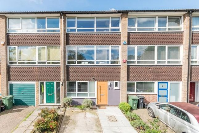 Thumbnail Terraced house for sale in Grazeley Court, London