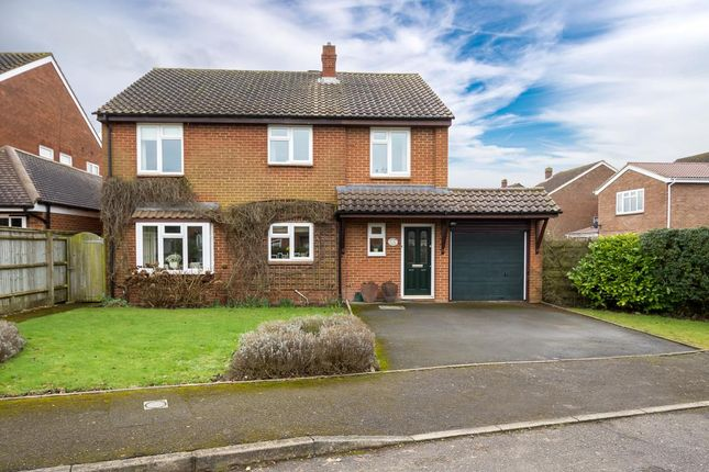Thumbnail Detached house for sale in Mill Road, Oakley, Aylesbury