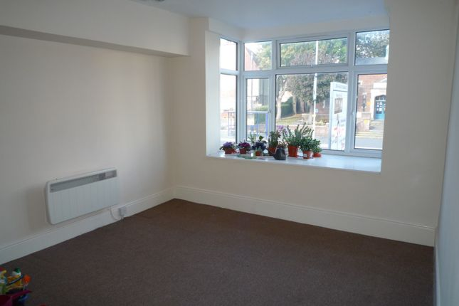 Thumbnail Flat to rent in Spur Road, Cosham, Portsmouth