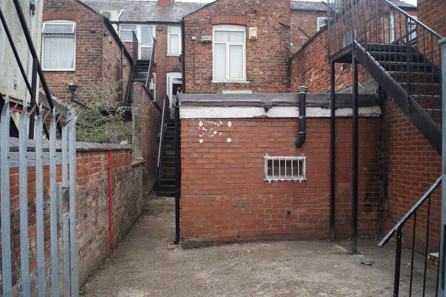 Thumbnail Flat to rent in Wilmslow Road, Rusholme
